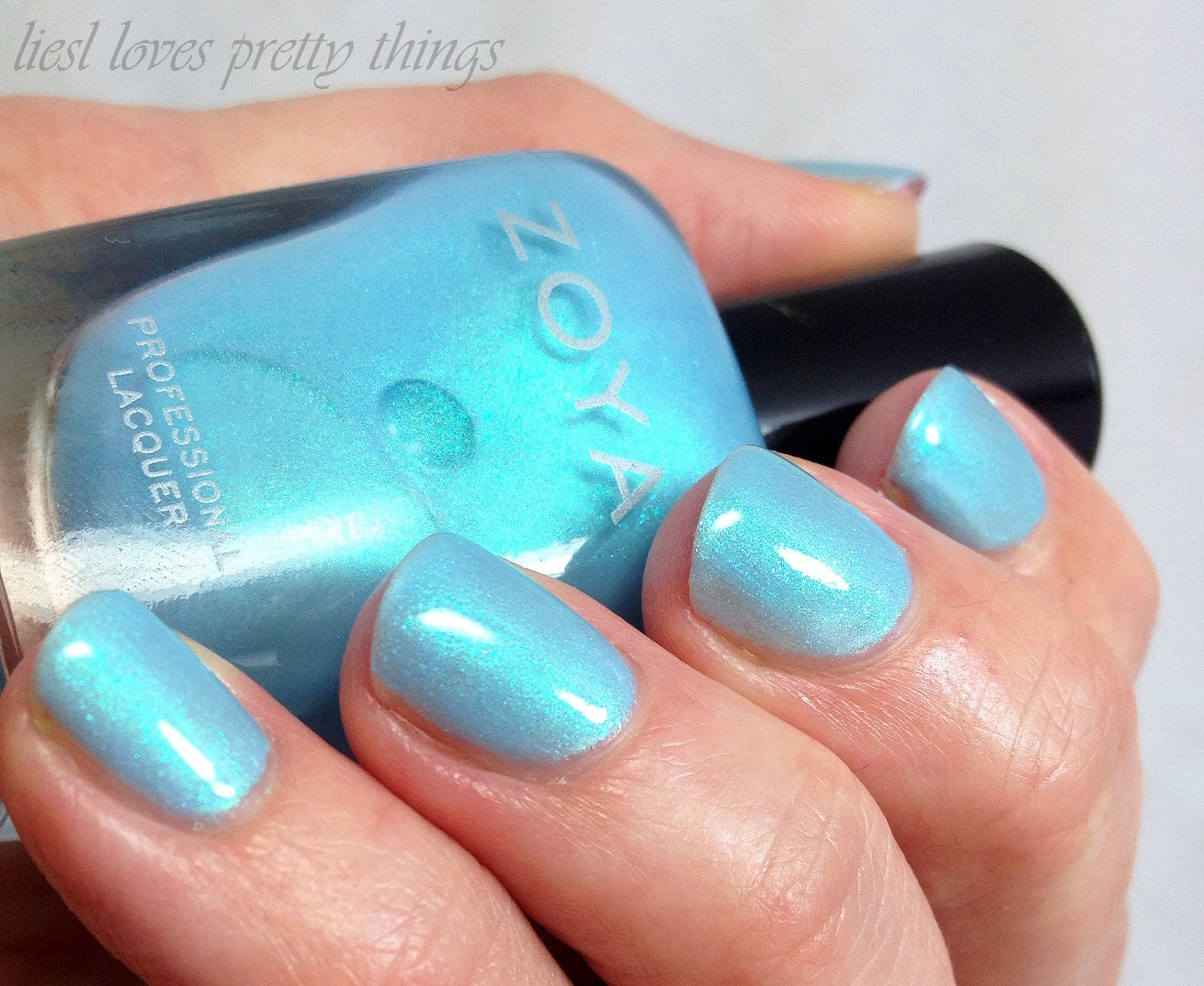 Zoya Rayne swatch and review-- Delight 2015