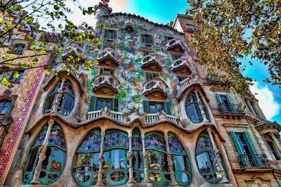arquitectura gaudi barcelona