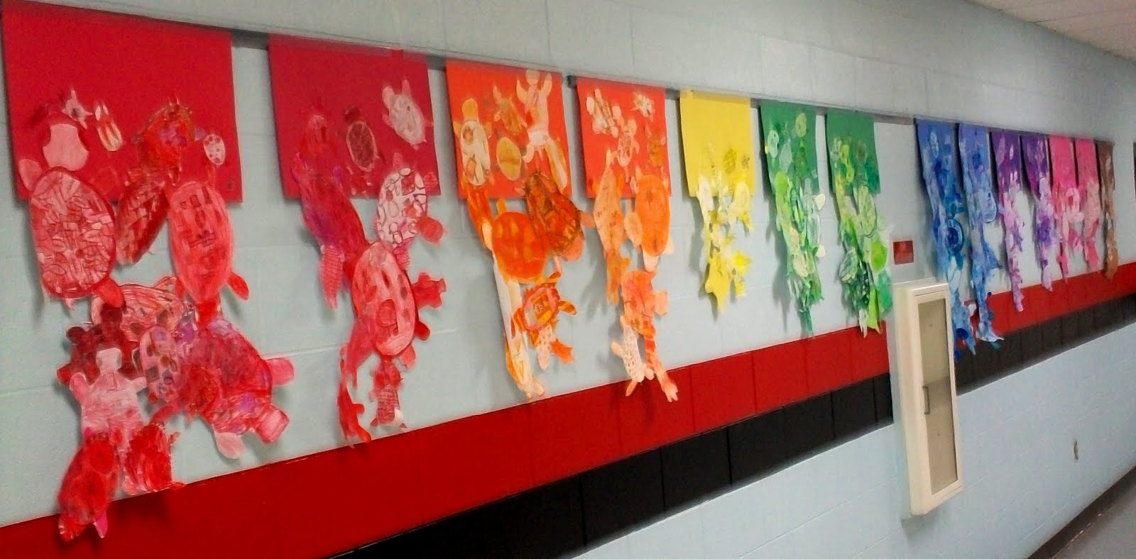 Art with mr e art room bulletin boards displays 2011 for Cork board displays
