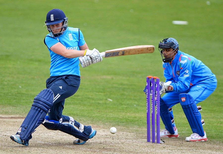 Heather-Knight-Englan-Women-vs-India-Women-ICC-Women-Championship-2014