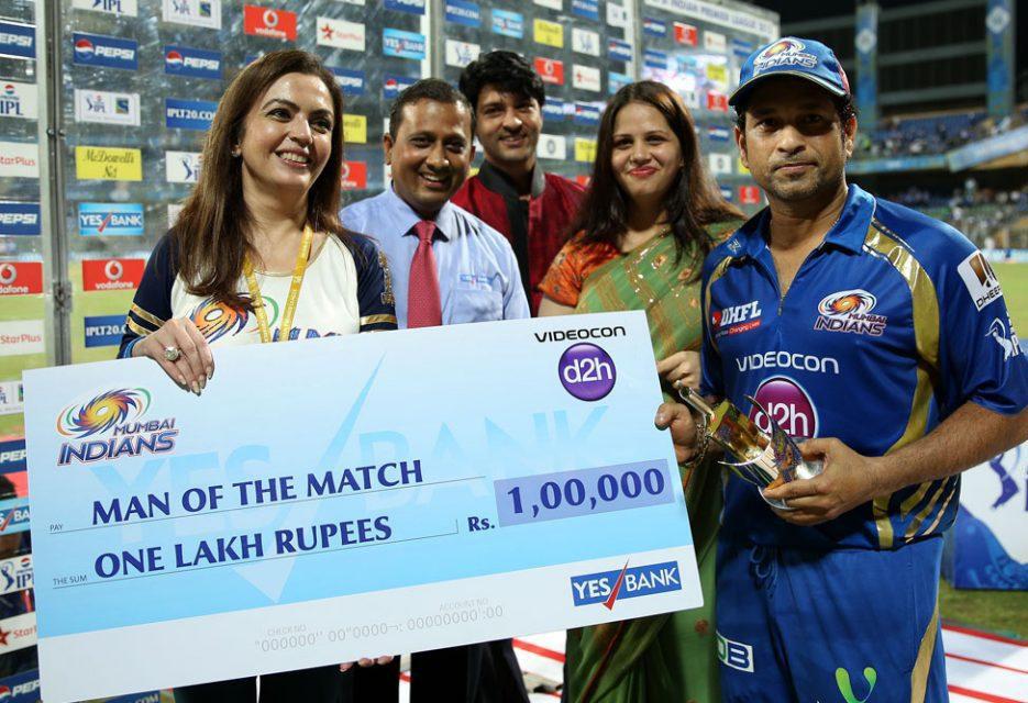 Sachin-Tendulkar-Man-of-the-Match-MI-vs-KKR-IPL-2013