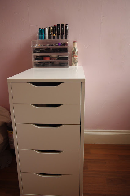 Makeup Organizer Drawers Ikea The drawer unit is the vika