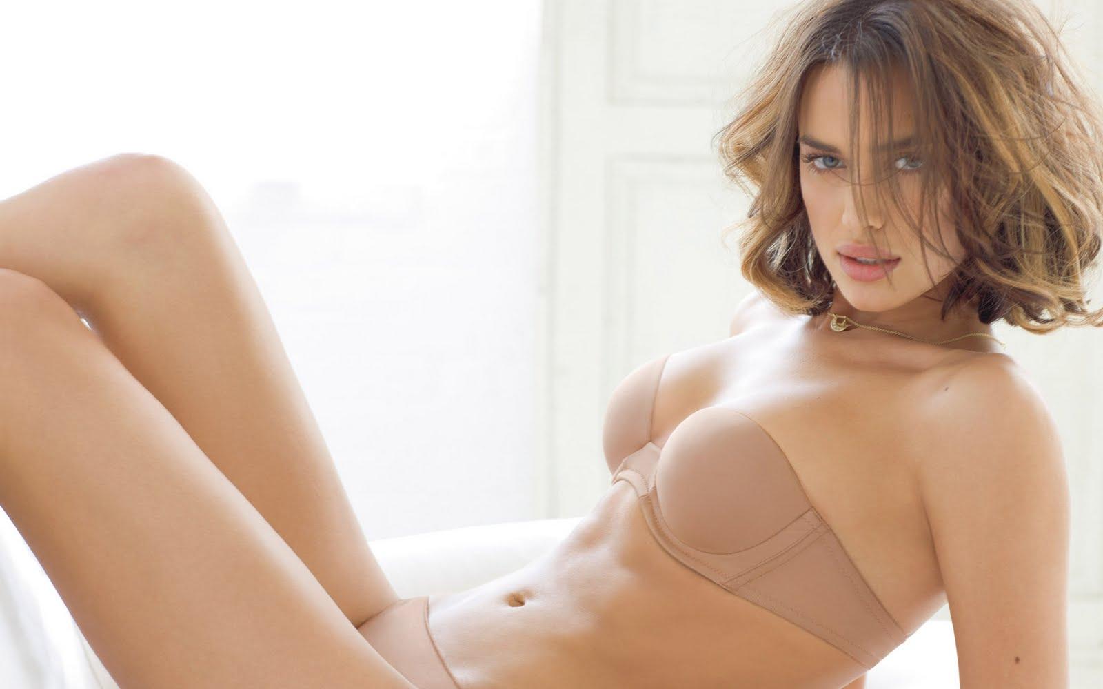 http://4.bp.blogspot.com/-NcylCr-Bm6k/TfDOdMl_VwI/AAAAAAAAA6w/G6dbJMaIRvw/s1600/sexy-irina-shayk-wallpapers-1920x1200-32.jpg
