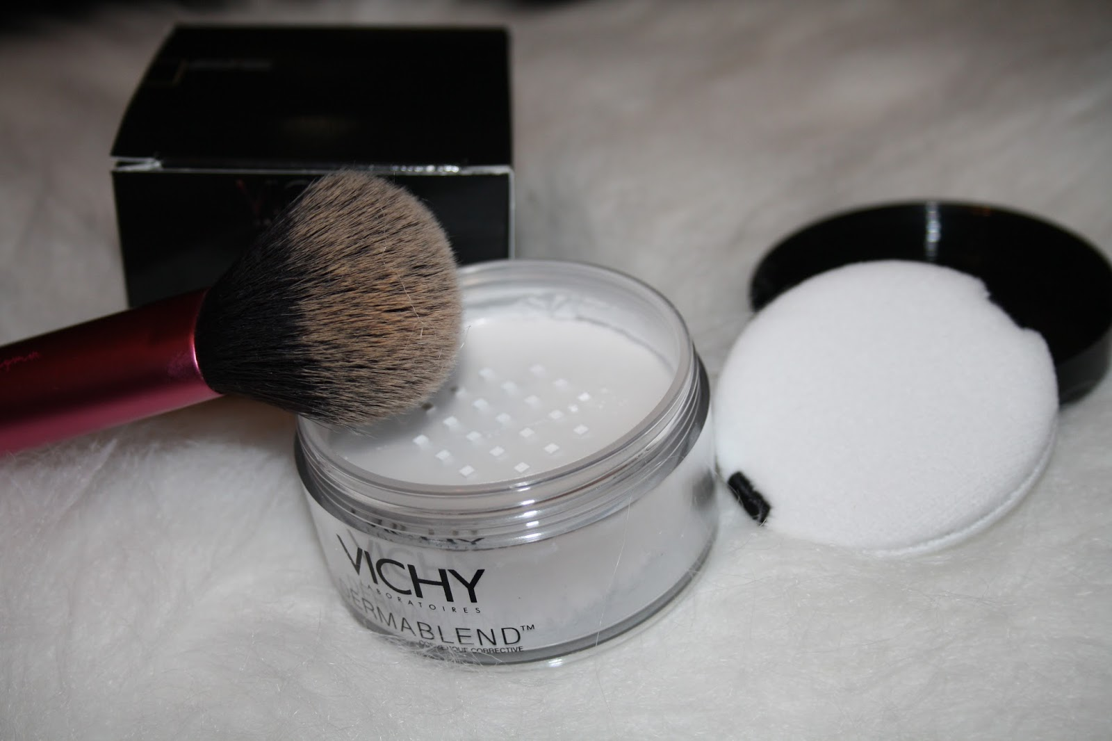 how to use dermablend setting powder