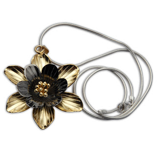 Silver Flower Pendant Chain