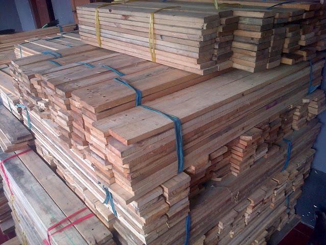 harga papan kayu jati belanda