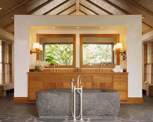 Tropical Cluster House Bathroom