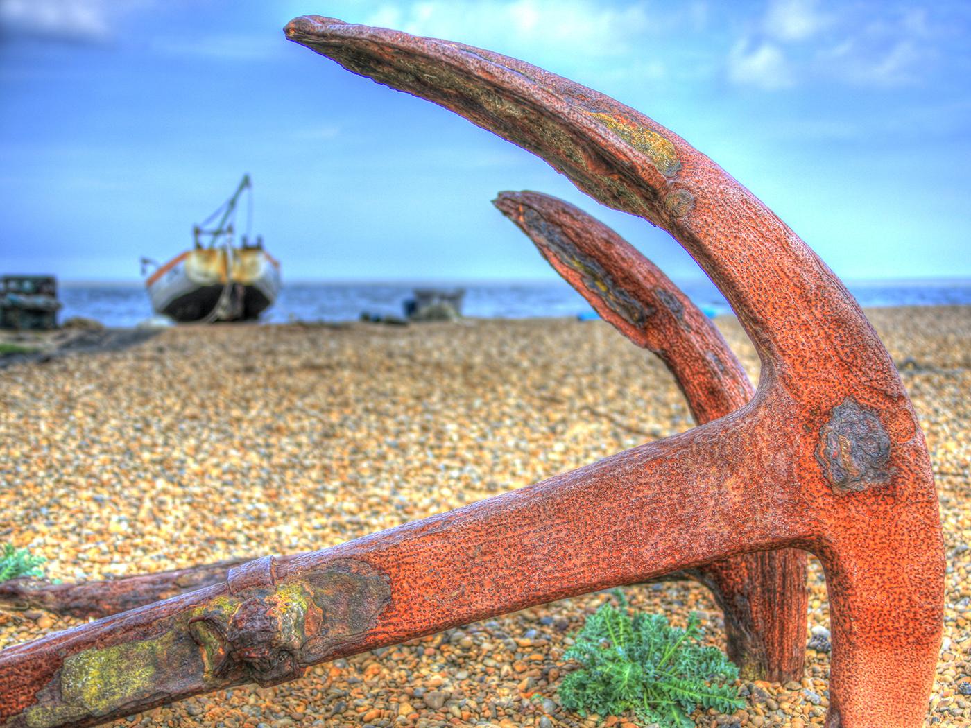Abandoned+on+a+beach.jpg