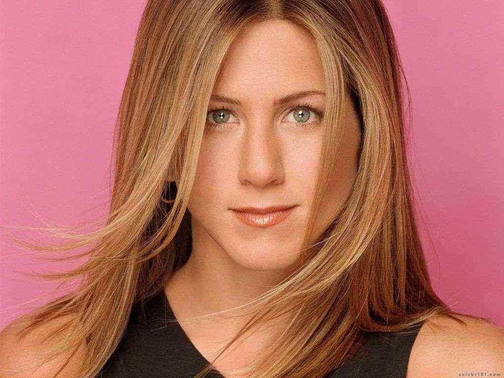 http://4.bp.blogspot.com/-NdXmrdKxda0/Th6FMzLttqI/AAAAAAAAHV0/Tl3y27c6P9I/s1600/Jennifer+-Aniston-12.jpg