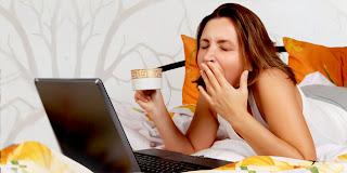 5 Hal Yang Dilarang Saat di Tempat Tidur - webunic