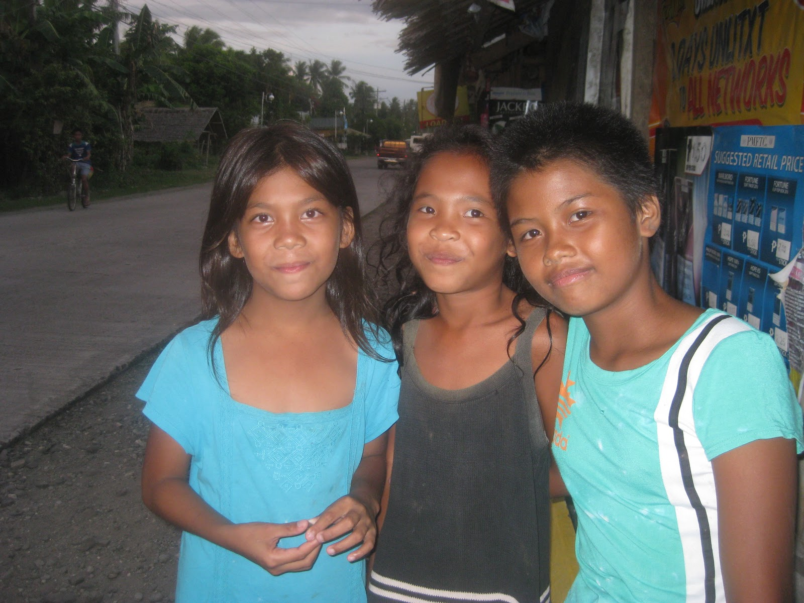 young girls philippines