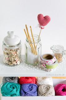 Heart balloon amigurumi - free crochet pattern - palloncino cuore a uncinetto - airali design