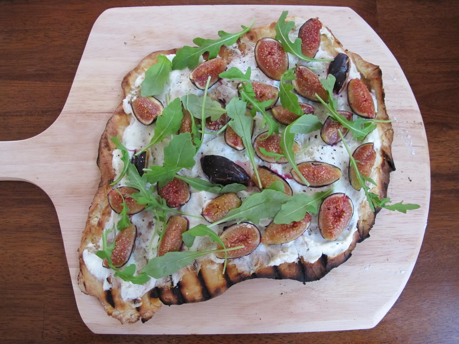 Fig, Goat Cheese, & Arugula Pizza