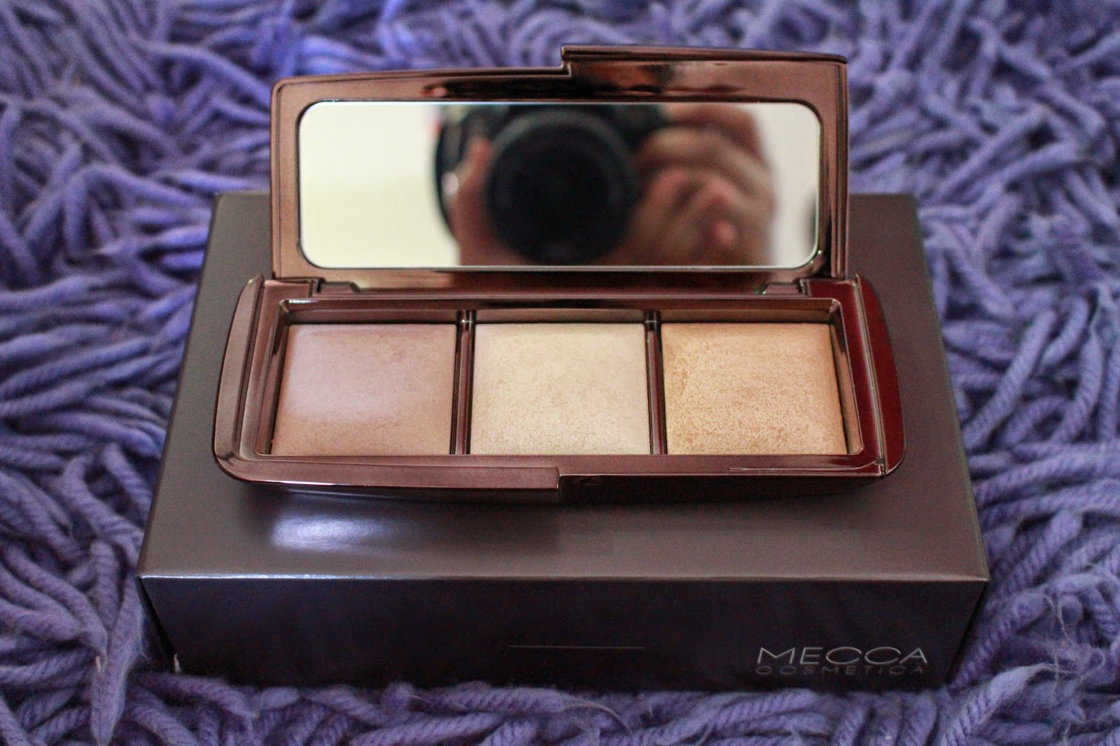 The Hourglass Ambient Lighting Wardrobe