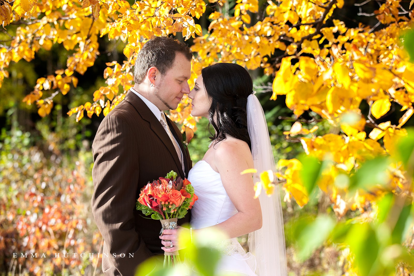 Fall wedding in Lewsiporte, Newfoundland photographed by Emma Hutchinson Photography