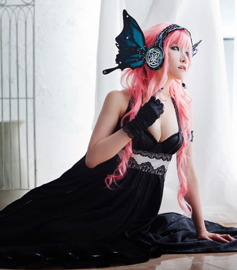 Light And Shadow: COSPlAY. Vocaloid.