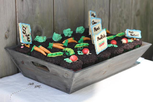 Vegtable Garden Hello Cupcake