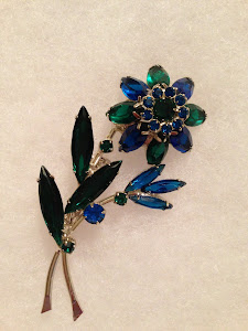 Vintage Collections - Costume Jewelry
