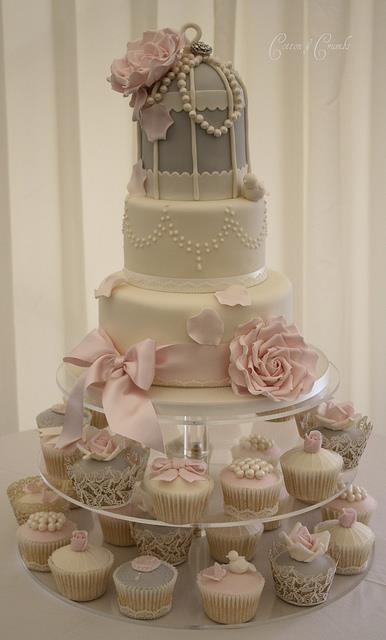 Birdcage Wedding Cakes Uk