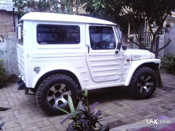 Dijual Suzuki Jimny Jangkrik Tahun 82, 22jt Nego | Mobil ...