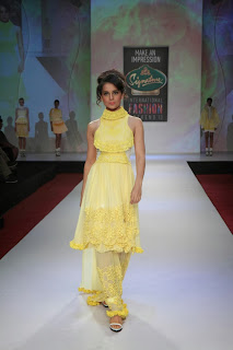 Kangana Ranaut in Yellow Dress at Signature International Fashion Week 2013