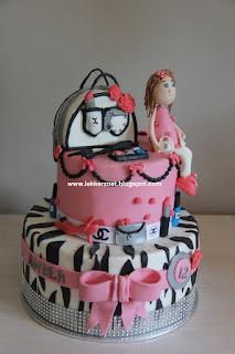 ontwerp je eigen taart...dan maak ik m voor je af!