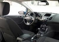 Der überarbeitete Innenraum mit seinen wertigen und gut verarbeiteten Materialien vermag zu gefallen.  Foto: Auto-Medienportal.Net/Ford