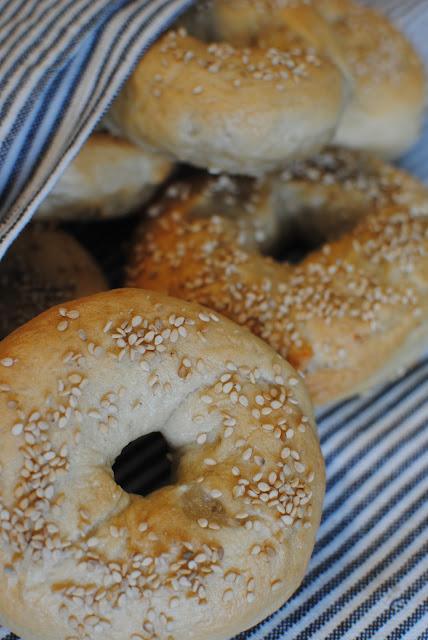 recept, bröd, bagels, sesamfrön, påsk, frukost, fika, brunch