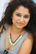 Soumya Sukumar latest hot gallery-thumbnail-13