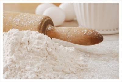 TEPUNG TERIGU (WHEAT FLOUR)Dibuat dari biji gandum-wheat yang ...