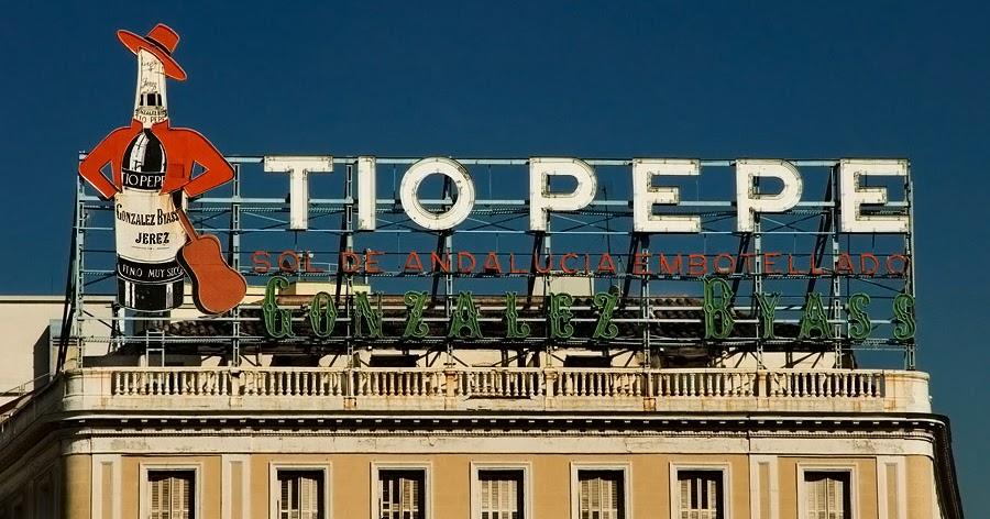 People technology interaction pti apple y el cartel de for Cartel tio pepe puerta del sol