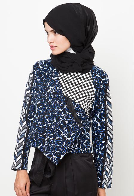 Tren Fashion Baju Muslim Batik Wanita Terkini