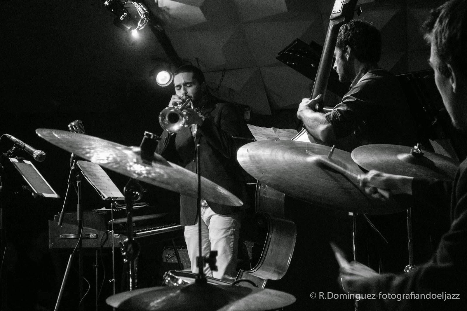 © R.Domínguez - Smack Dab Quintet