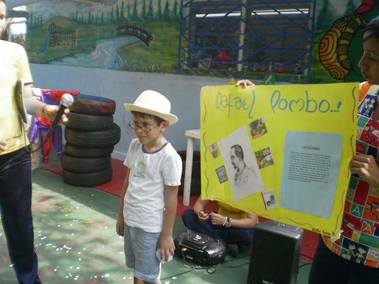 Nuestra presentacion con los personajes de los cuentos de Rafael Pombo