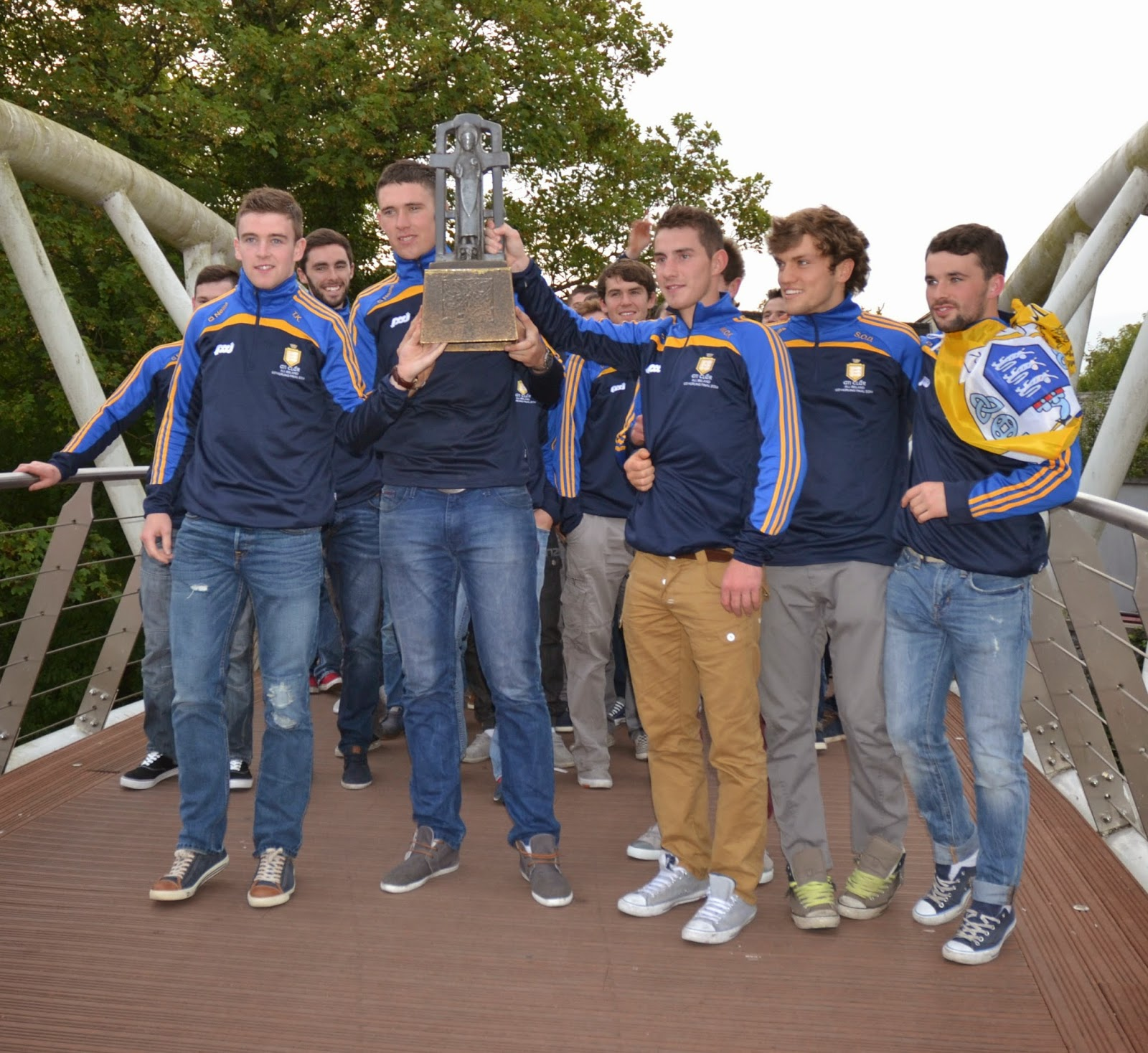 Thousands gather to welcome home Clare's hurling heroes