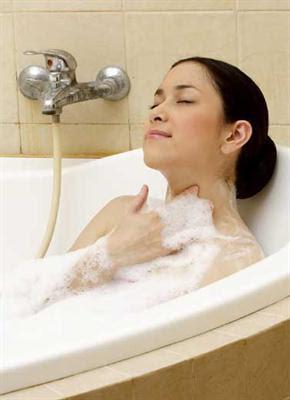 www.sehatku.info - 6 Tips Sehat Merawat Kulit Saat Mandi