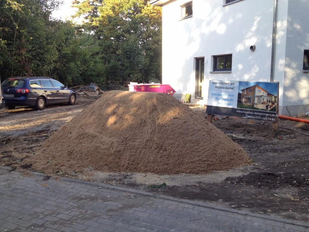 hum 39 s baublog tag 136 4 tonnen sand per hand aua. Black Bedroom Furniture Sets. Home Design Ideas