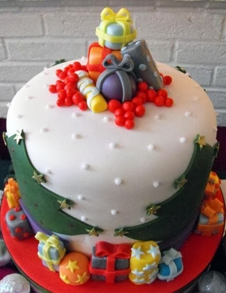 WONDERLAND CHRISTMAS CAKE DECORATING IDE ~ 073633_Cake Decoration Ideas Xmas