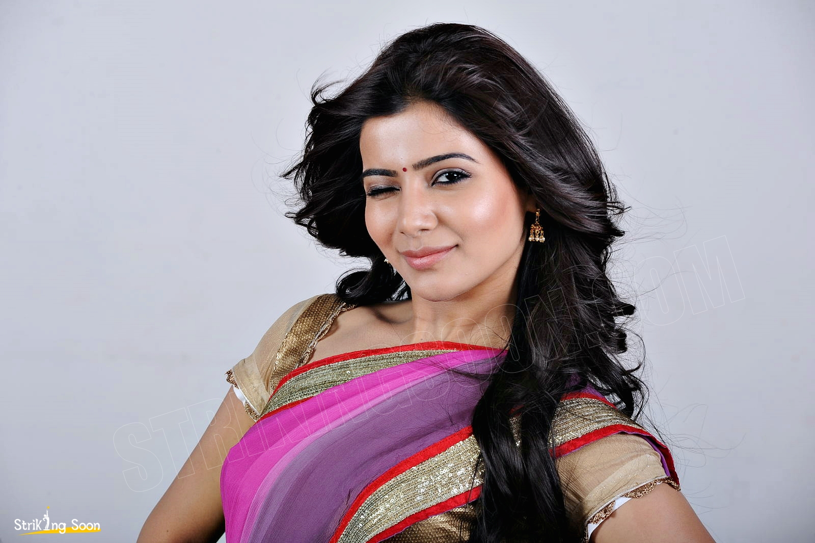 samantha in jabardasth hot saree photos ~ strikingsoon