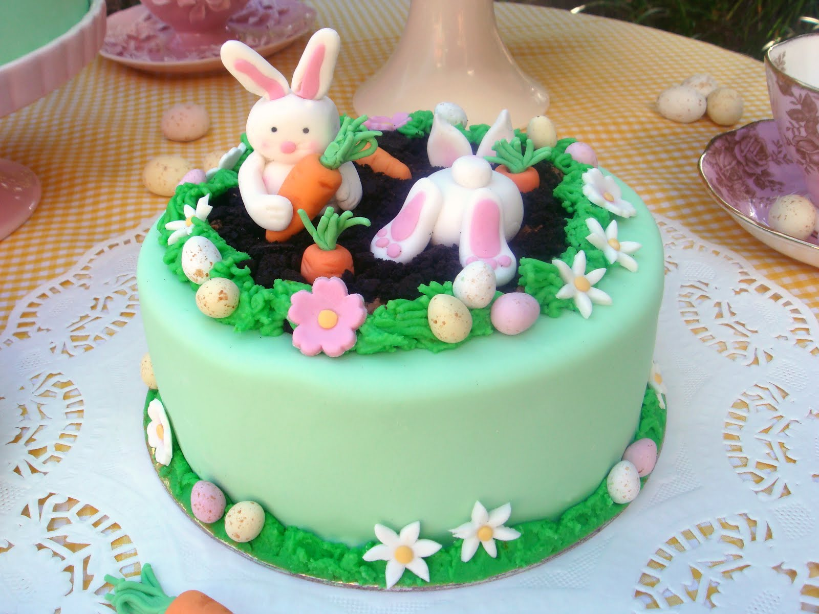 Easter Cake Design Ideas : butter hearts sugar: Cute Easter Cakes