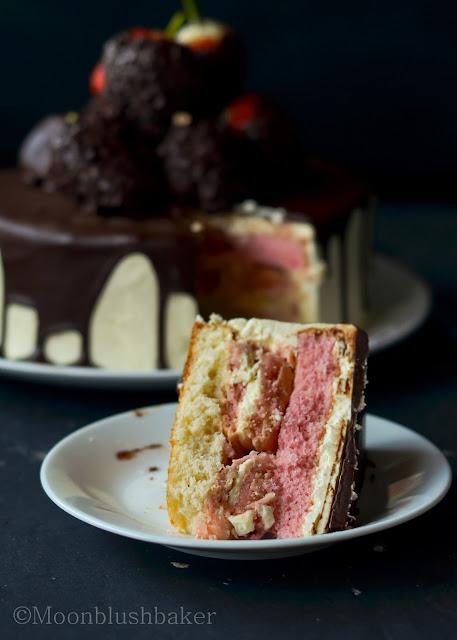 Dear mum... /-/ Chocolate dipped strawberry cake   The moonblush Baker