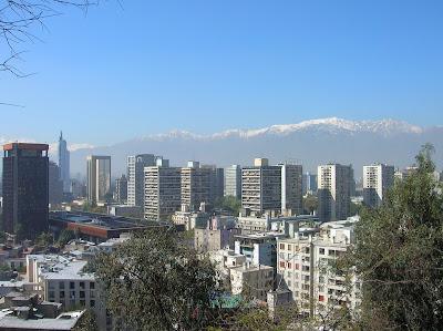Vista de Santiago de Chile con los Andes, Santiago de Chile, Chile, vuelta al mundo, round the world, La vuelta al mundo de Asun y Ricardo
