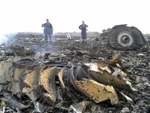 Pesawat Mas MH17 Terhempas Di Ukraine Ditembak