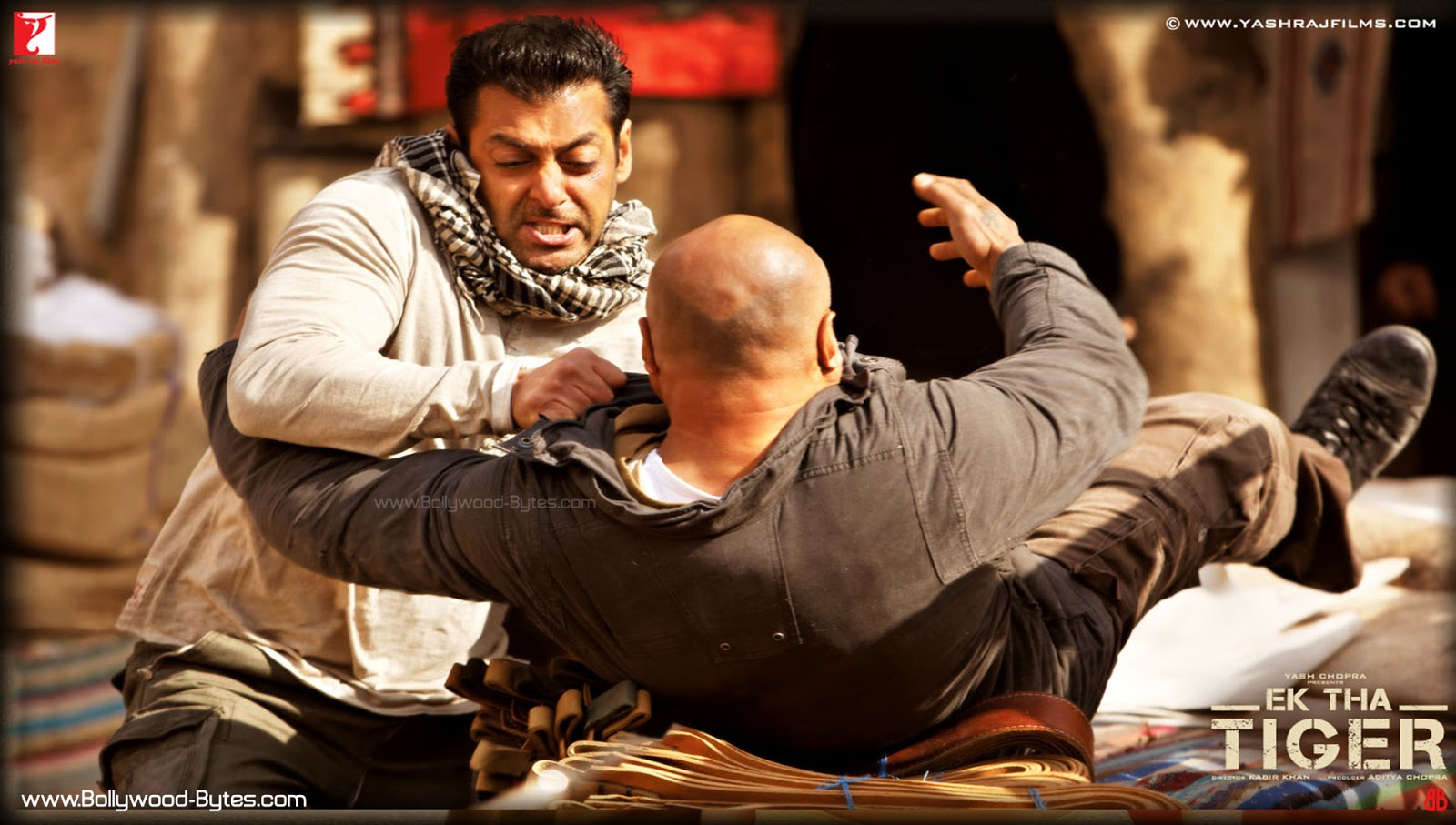 Ek Tha Tiger Movie Desktop HD Poster