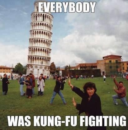 Semua Berkungfu Di Menara Pisa