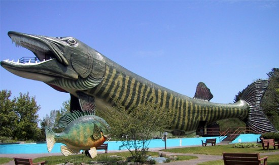 Freshwater+Fishing+Hal+Of+Fame%252C+Wisconsin%252C+AS Bangunan Super Unik Yang Mirip Dengan Hewan Lucu di Dunia