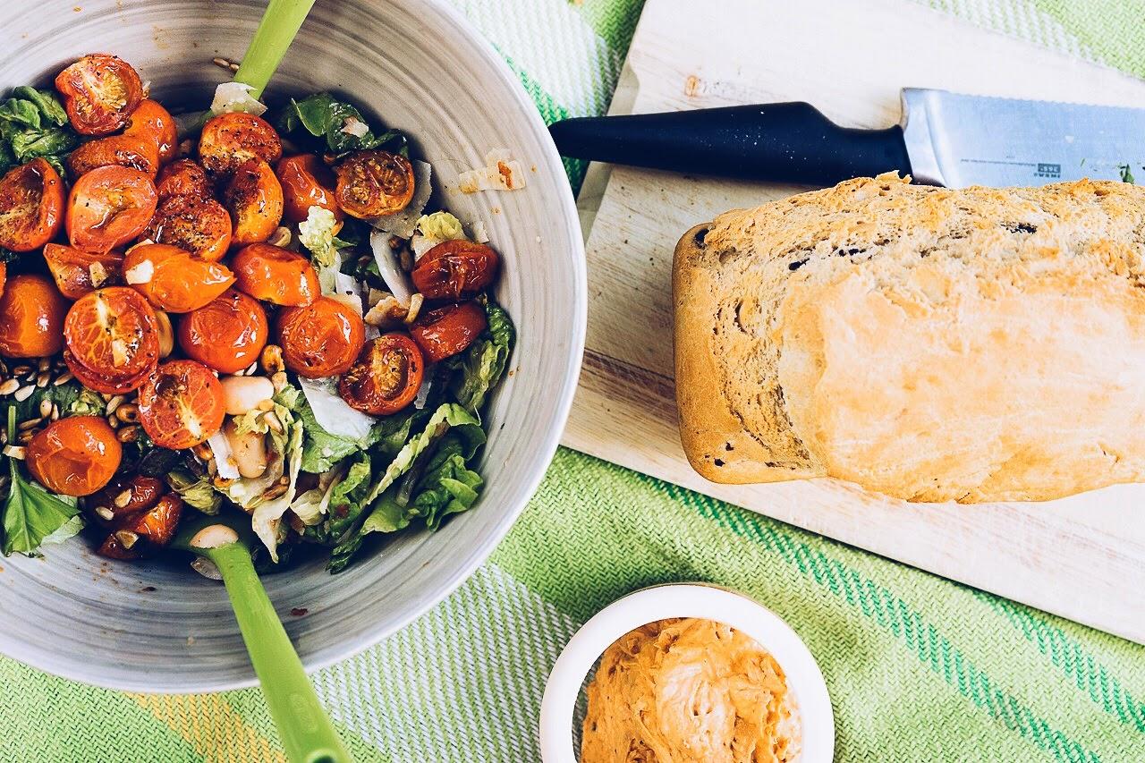 picknick 4 salat mit zweierlei tomaten barsista. Black Bedroom Furniture Sets. Home Design Ideas