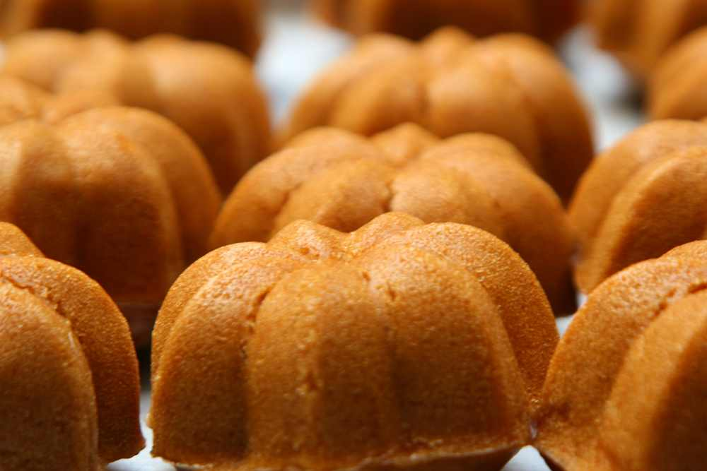 Talam Bolu Kukus Cake Ideas and Designs