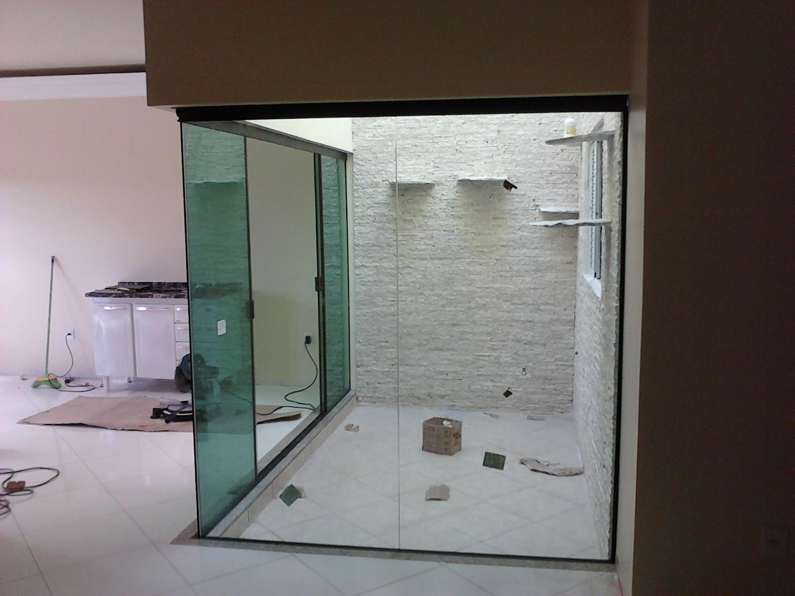 #31261E Jardim de Inverno de canto em vidro verde. 224 Janelas De Vidro Para Jardim De Inverno