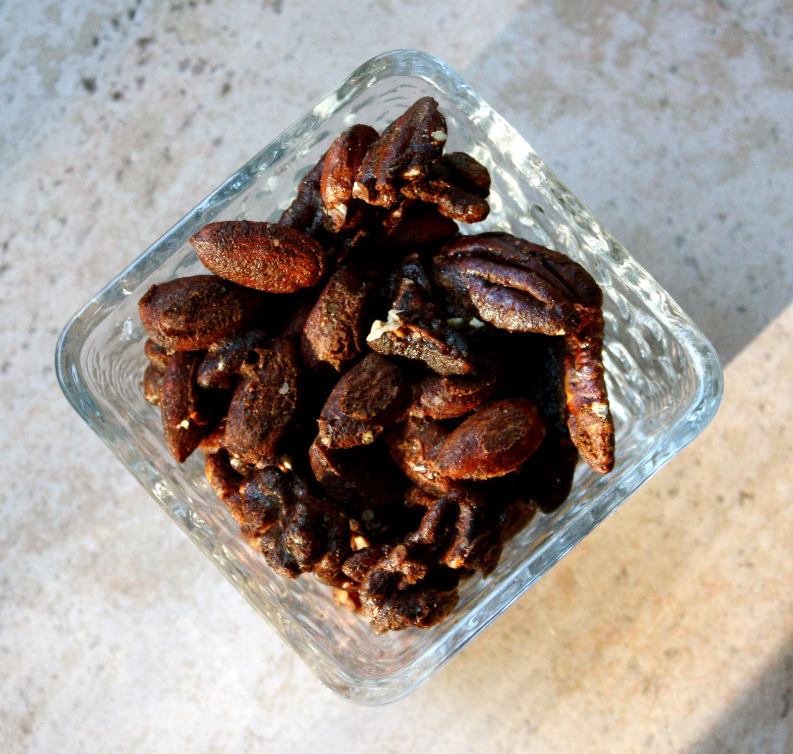 fabulous nuts Kind fruit and but bars in yogurt offer a crunchy, classic blend of heart healthy  nuts, dried apricots, and raisins drizzled with yogurt try one today.